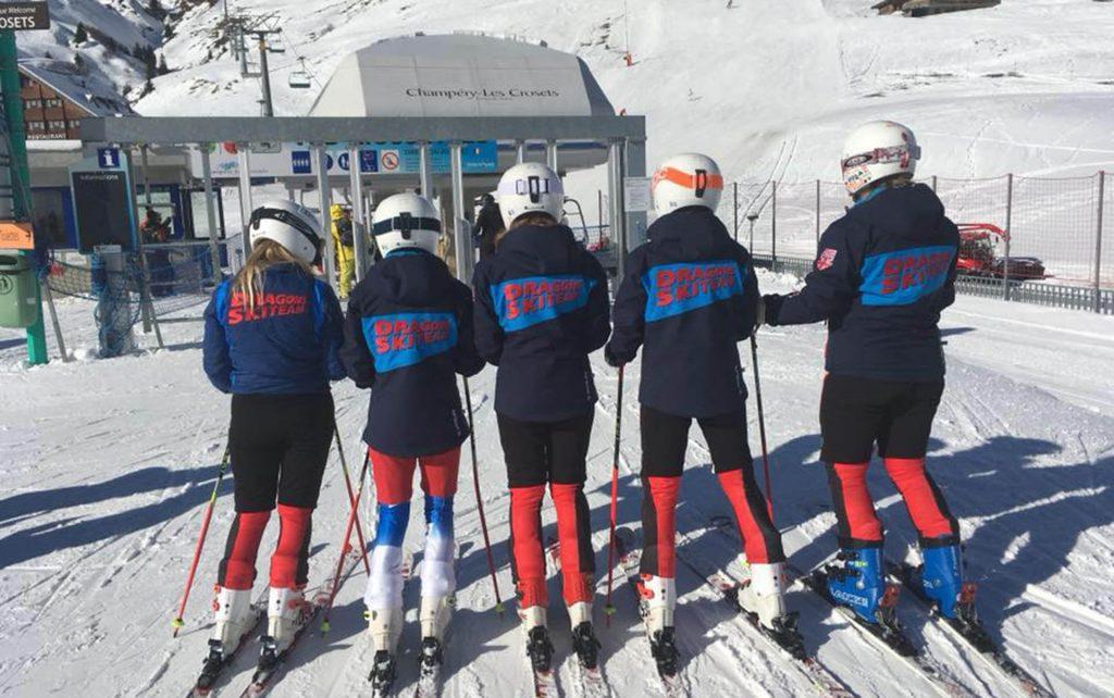 Dragon Alpine skiers